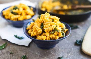 Vegane Fusilli Pasta mit Butternutkürbis